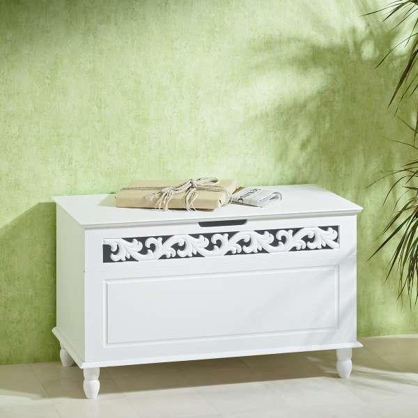 Antike Truhe, Wäschebox, weiß